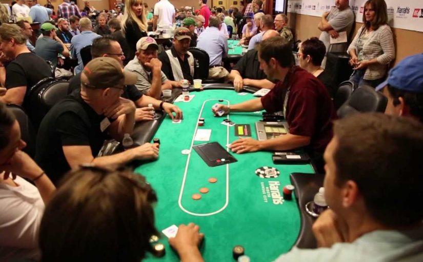 Texas Hold'em Poker Tournaments